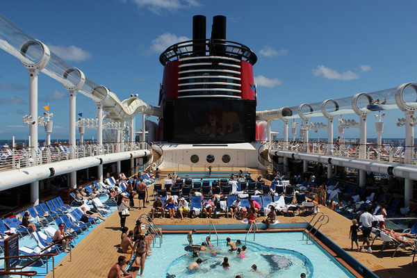 Disney Cruise Line - Disney Dream Deck 11 Center