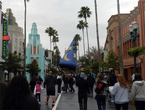 The Sorcerer's Hat at Disney's Hollywood Studios in 2014